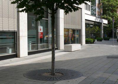 Umbau des Umfelds der Sparkasse Nürnberg im öffentlichen Raum