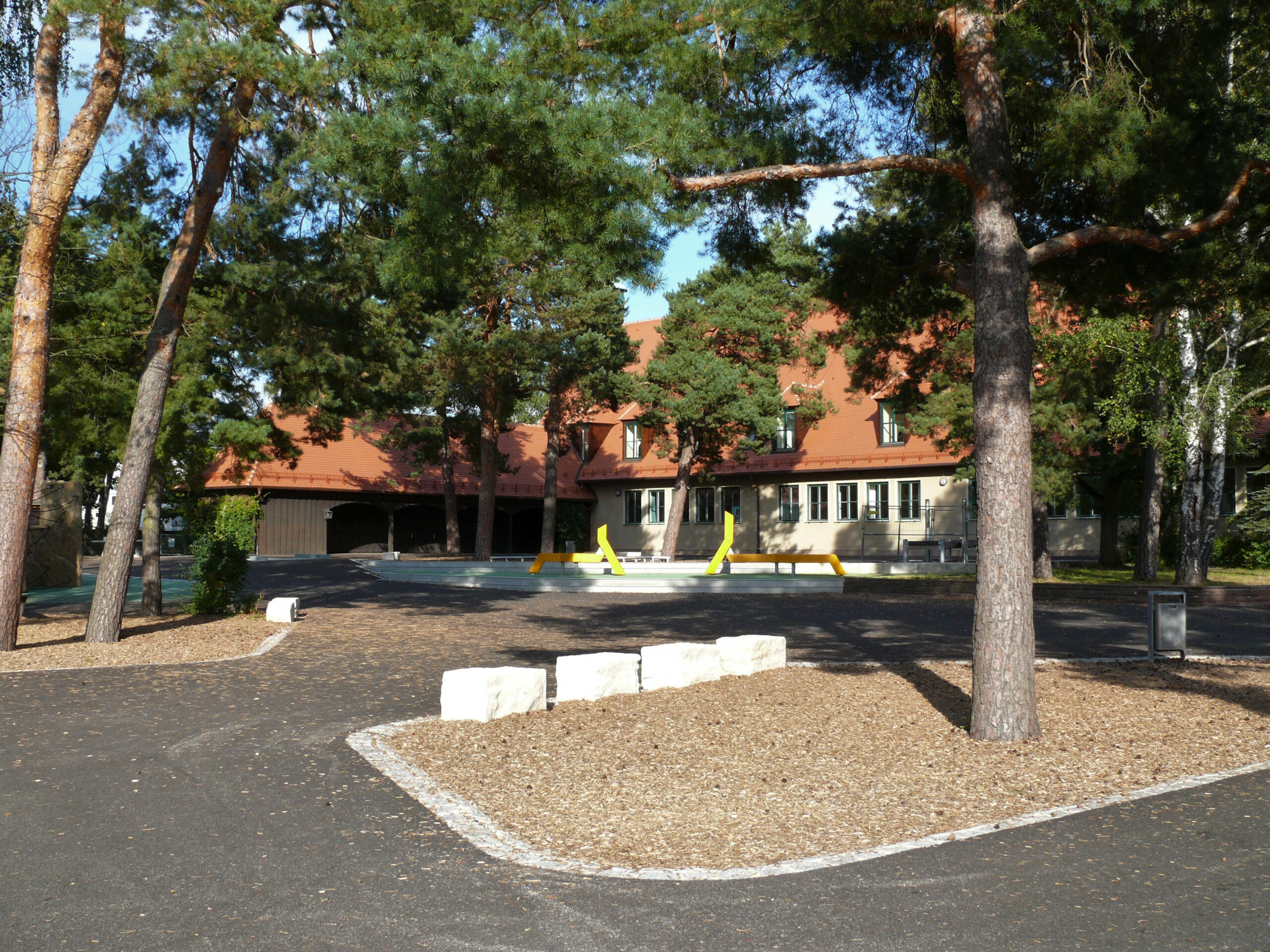 Holzbauer Schule Nürnberg